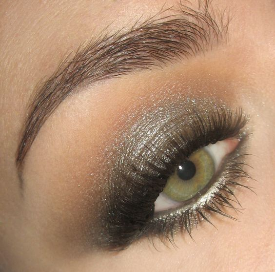 Metallic smokey eye