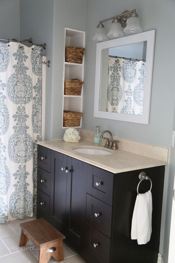 Woodworking plans vanities and ana white on pinterest for Guest bathroom makeover