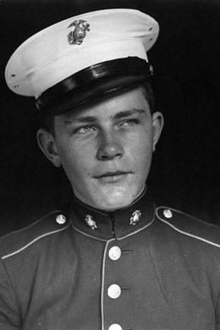 Sidney Phillips, U.S. Marine Corps, World War ll | 19 Heartwarming Photographs Of U.S. Veterans, Then And Now