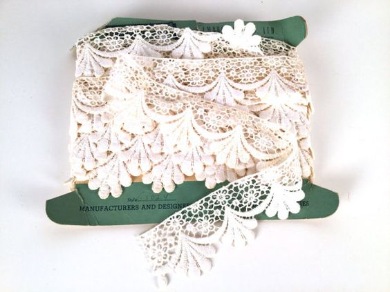 Vintage 60s Trim Crochet Lace Machine Made by iandrummondstash