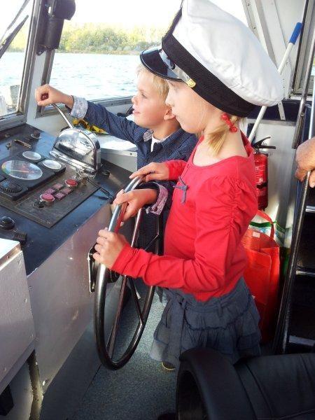 Kinderen een dagje schipper bij Almere Veertje! Wat hebben we genoten! :)