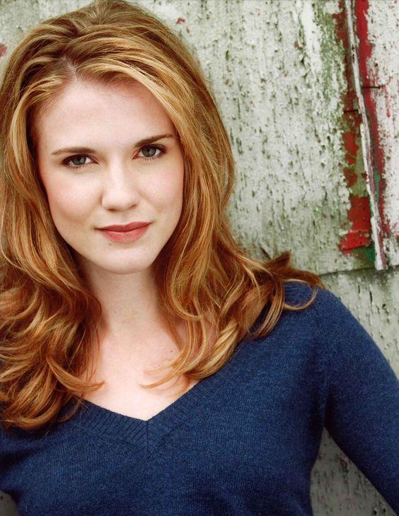 Sara Canning red hair