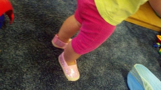 Pink glitter shoes what!?!?