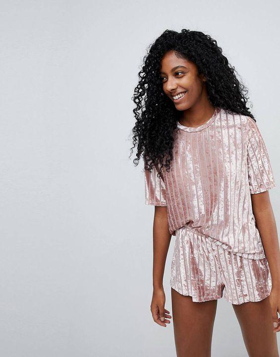 Пижама. Одежда для дома