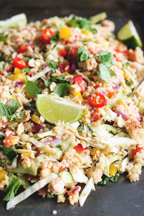 Vegan Thai Quinoa Salad with Peanut Lemongrass Dressing - a healthy quinoa salad loaded with veggies, herbs and a lemongrass peanut…