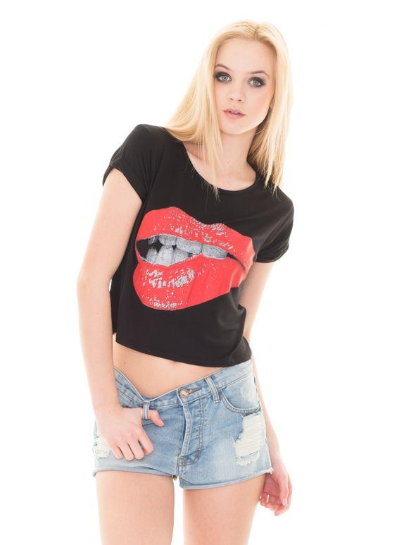Jeansowe szorty, Monashe, Magazyn Internetowy, http://magazyn.modadamska.waw.pl/