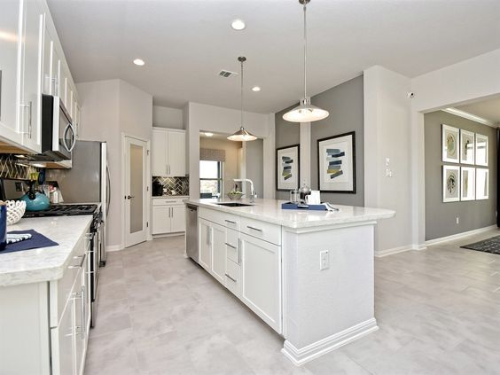 Meet Ana M Martinez New Home Sales Associate Meritage Homes