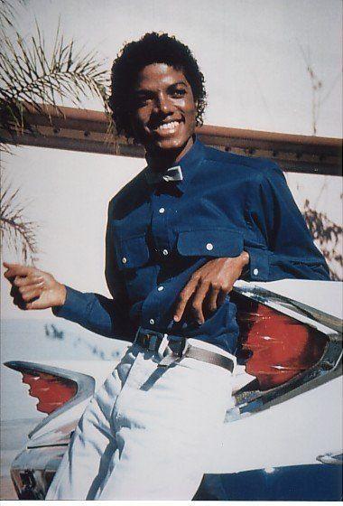 青シャツのマイケルジャクソン