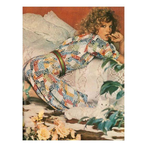 1971- Saint Laurent Rive Gauche by Helmut Newton for Vogue #helmutnewton #rivegauche #saintlaurent