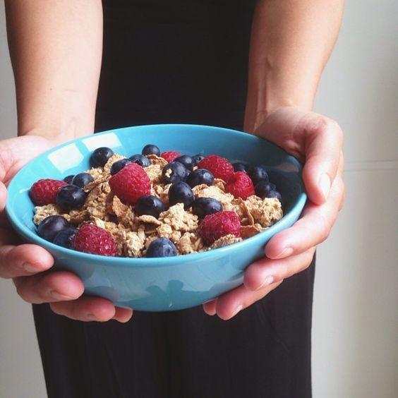 Jeg er ret vild med den nye havre crunch ❤️ den smager super lækkert! ☝️ #fitfam#fitfamdk#fitbd#health#healthy#sund#sundhed #Padgram