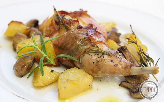 Krolik Duszony Z Pieczarkami I Ziemniakami Przepis Tapenda Pl Recipe Food Meat Carne