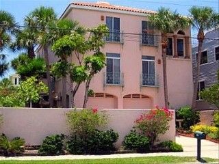 Private Siesta Beach Access. Minutes to Village.  3BR, 2.5BA