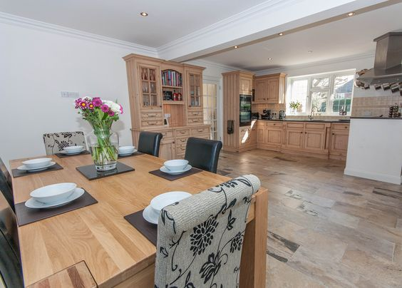 Stock Road kitchen. #Billericay #houseforsale #kitchen #stunningkitchen #lifestyle