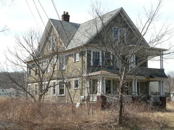 Abandoned House Woodbridge, CT  Imagine it as a singe family home, and coffee on the second floor porch in the morning.