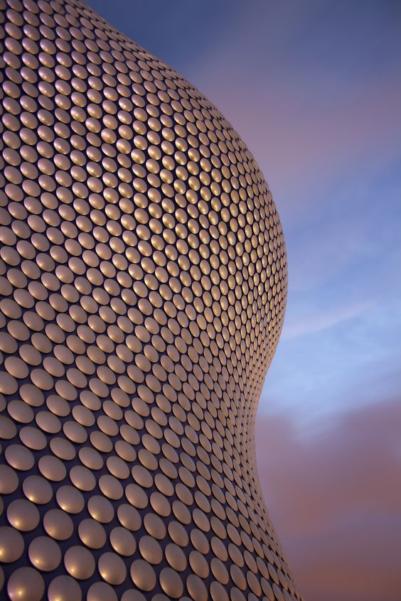 Selfridges Building - @Birmingham, England (by Jan Kaplický / Future Systems):