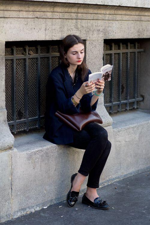 Aunque esté gastado, leer es sexy.
