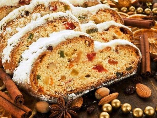 4 Traditionelle Weihnachtliche Desserts Fur Backende Naschkatzen Am Heiligabend Weihnachten Kochen Stollen Lebensmittel Essen