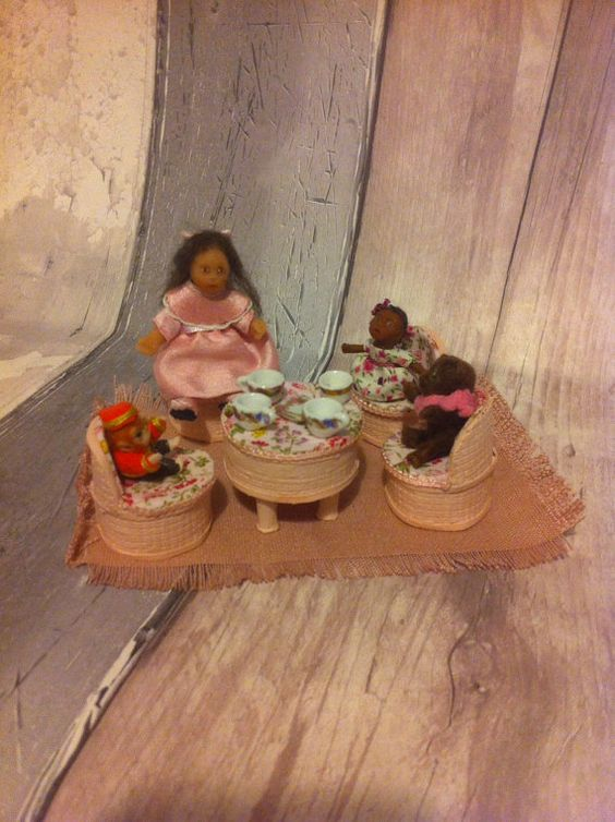 Dolls house Little Girl and Her Vintage by HELENSOOAKMINIATURES