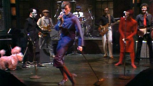 """Musical guest David Bowie performs """"TVC-15"""" on Saturday Night Live."""