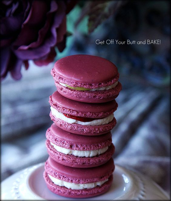 Raspberry & Lemon Buttercream Macarons and a Macaron Tutorial