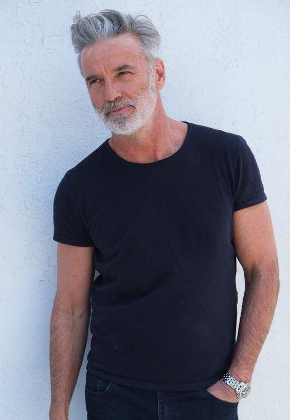 Kult Model Agency - Platz für Männer. #men's #style #fashion #man's_fashion  #fashion_inspiration
