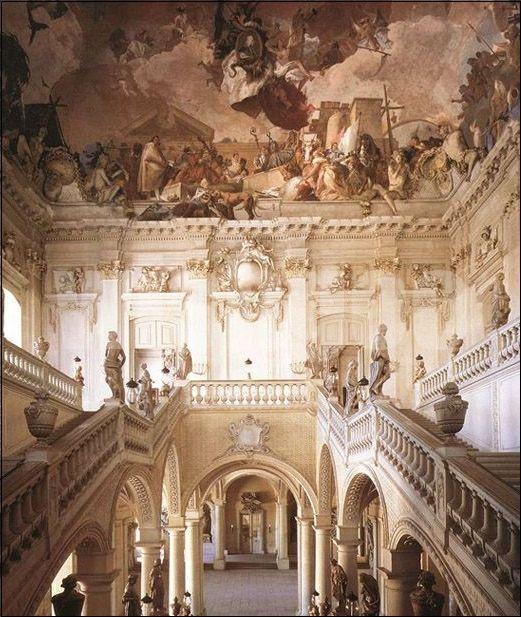 Treppenhaus Der Residenz Wurzburger Apollo Und Der Kontinente 1752 53 Von Giovanni Batti Apollo Batti Der Green Olive Pasta Instagram Instagram Posts
