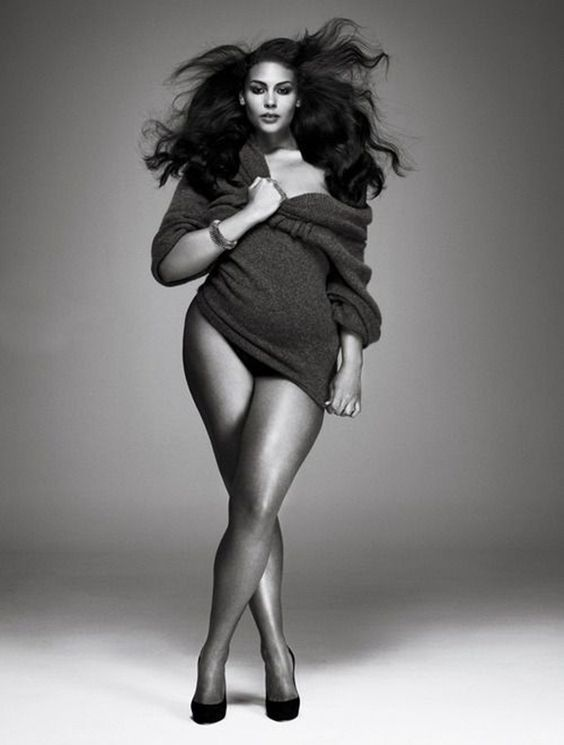 35 Mind Blowing Plus size Fashion Photography Examples  