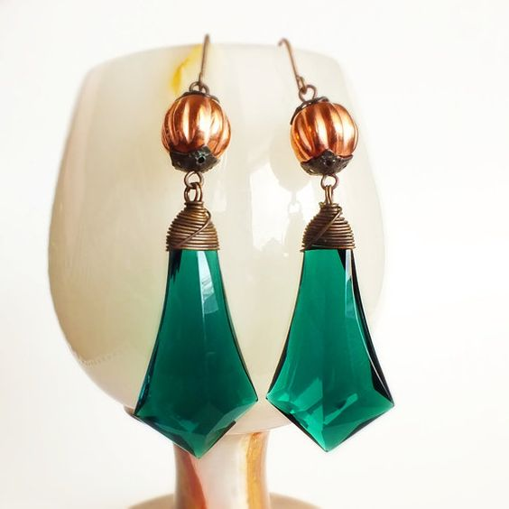 Emerald Green Prism Earrings Large Vintage Briolettes by skeptis