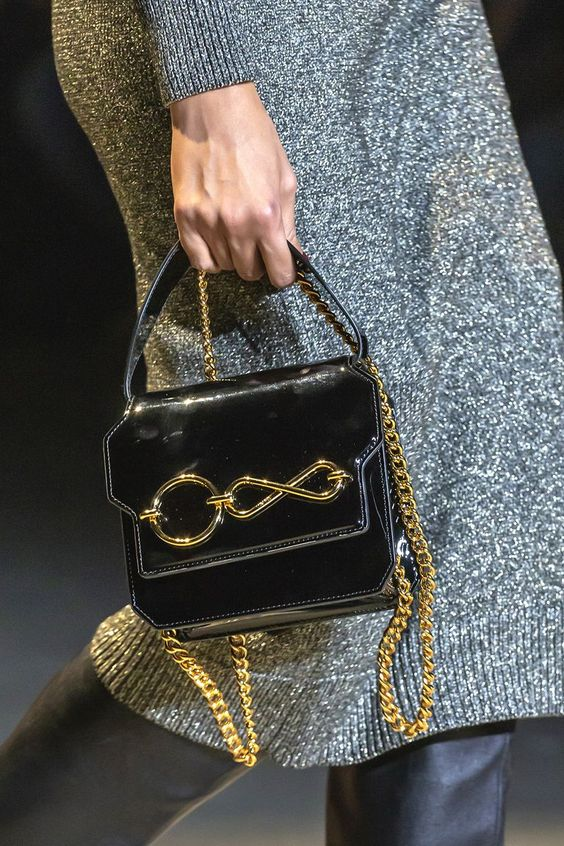 100 bags we already want from the AW19 catwalks - Autumn / winter 2019 bag trends