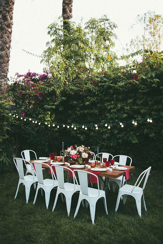 Gardens outdoor parties and backyards on pinterest - Cake tolix ...