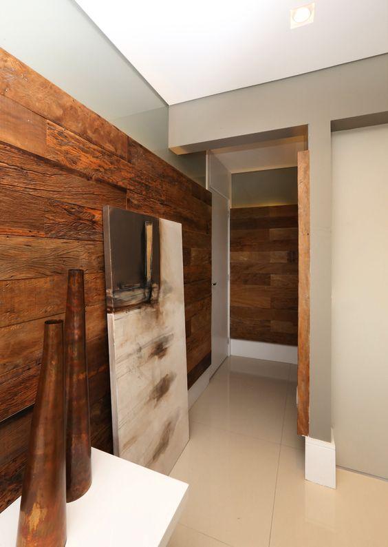 Projeto Sesso & Dalanezi arq + design www.sessoedalanezi.com.br www.facebook.com/sessoedalanezi #sdurbano #cinza #saopaulo #madeiradedemoliçao