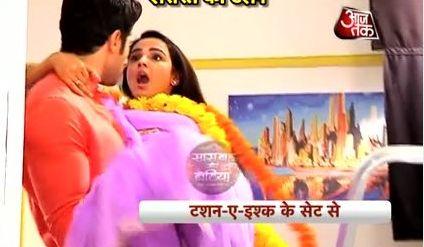Kunj Ki Hero Panti - From the sets of Tashn-e-Ishq:  http://www.desiserials.tv/kunj-ki-hero-panti-tashn-e-ishq/126230/