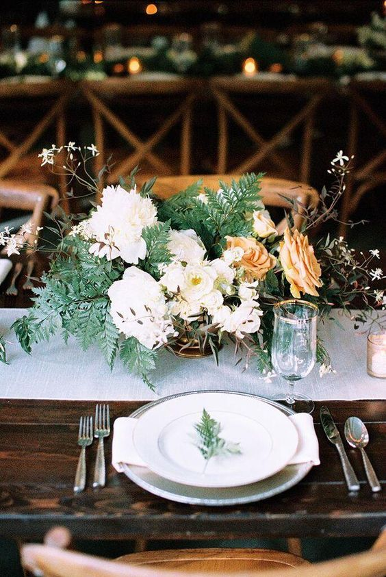 Ally and Adam's Backyard Utah Wedding with Lush Florals - MODwedding