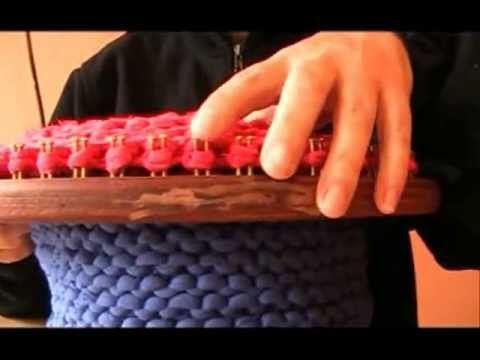 TUTORIAL BOLSO BOMBONERA DE TRAPILLO en telar circular - YouTube