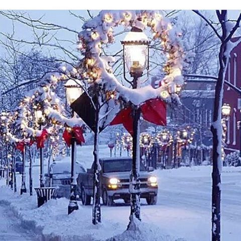 ❄️✨❄️✨❄️ #christmas #christmastree #christmastime #snow