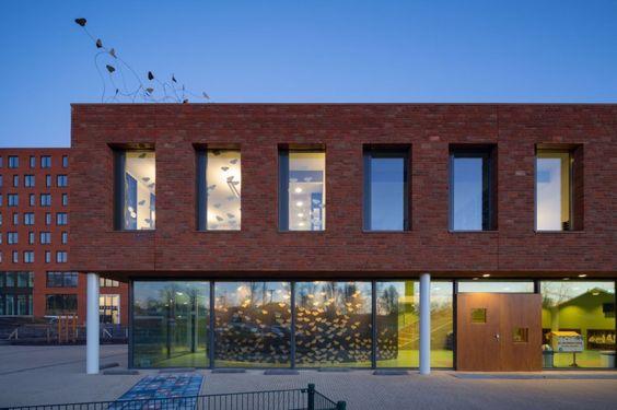 Escola Jacobsvlinder / DKV architecten