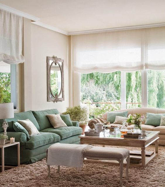 Casinha colorida: Como organizar móveis e acessórios na sala de estar: