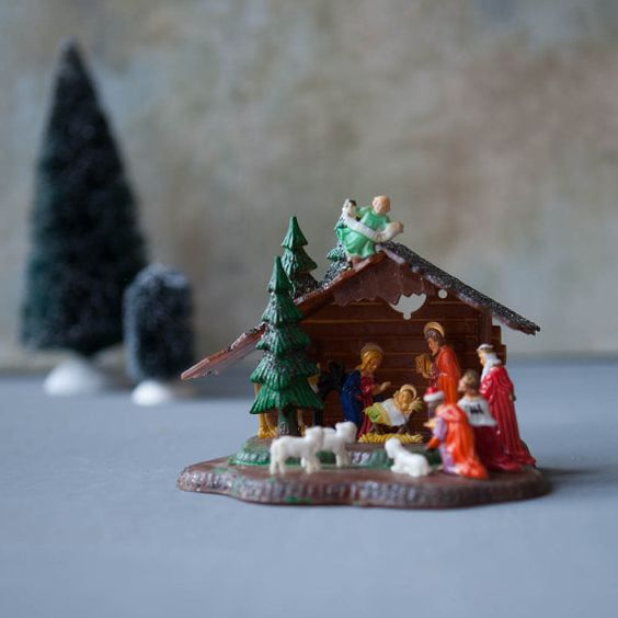 Vintage Plastic Nativity Made in Hong Kong by RoostersNestVintage