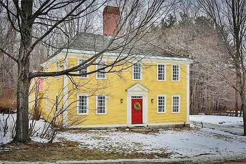 8 Picture Perfect New England Colonials For Sale Colonial House Exteriors Colonial Exterior Early American Homes