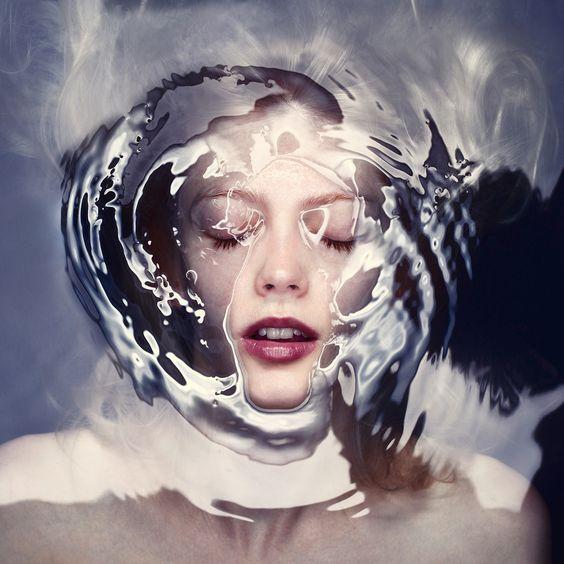 Barrier – People under Water