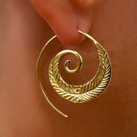 Spiral Leaf Brass Earrings - Tribal Jewelry - Statement Earrings - Brass Jewelry - Spiral Earrings - Native Jewery - Ethnic Jewelry  From my new brass collection, This beautiful and unique spiral leaf earrings are made of brass.  This earrings makes a bold statement that will upgrade each performance.  Earrings length: 35mm Nickel free!  Sold as pair only!  $24.9