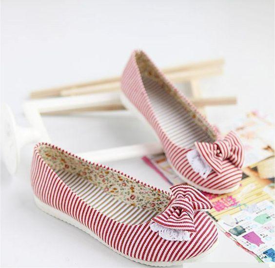 Chaussures ballerine rouge rayée blanche avec noeud kawaii
