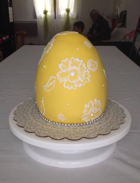 g 226 teau recouvert de p 226 te 224 sucre et ensuite d 233 cor 233 de gla 231 age royal cake design