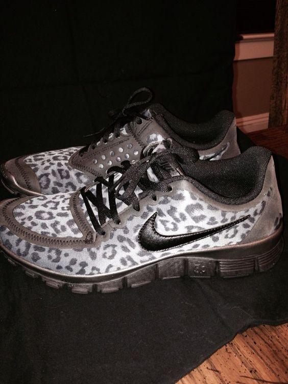 60249303ad661 womens nike free 5.0 grey leopard print