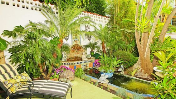 Hollywood, die WeHo-Apartments werden verkauft. In diesen Mauern lebten auch Chaplin und Bogart
