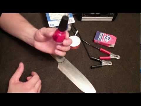 How To Etch Your Initials Into a Knife Blade - Como gravar suas iniciais em uma lâmina.