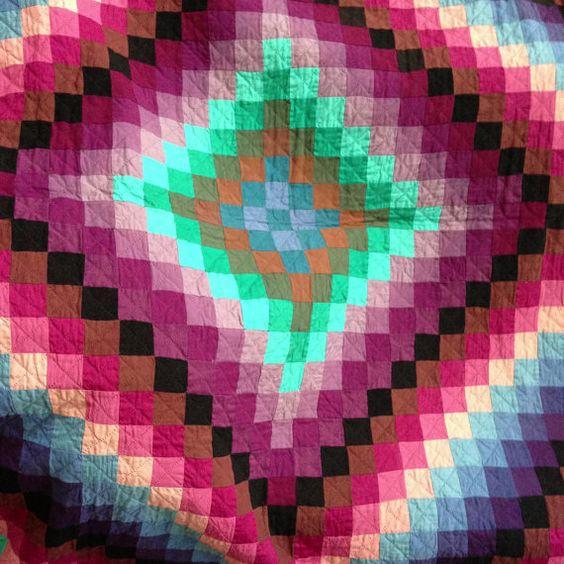 Vintage Amish Style Diamond Pattern Cotton Quilt Quilt