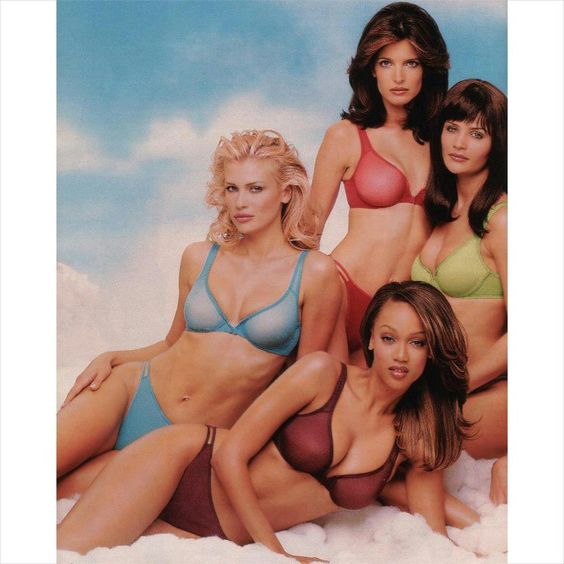 """The original #victoriassecret angels had super bodies! @therealdanielapestova @tyrabanks #stephanieseymour #helenachristensen #danielapestova #tyrabanks…"""