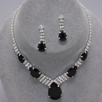 Have one to sell? Sell it yourself  Chunky Rhinestone Black Necklace And Earring Statement Fashion Jewelry Set 50% OFF at The JewelryBox65