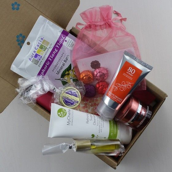 Check out my review of the Spring 2016 Yuzen Beauty Subscription Box!